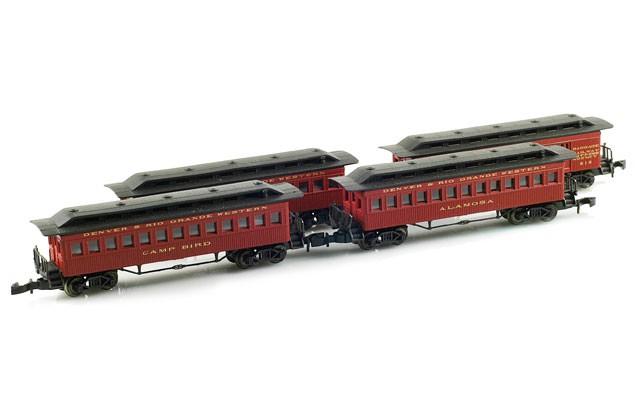 Marklin Old time passenger coaches 87910