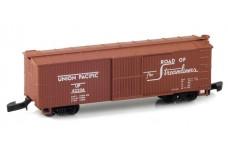 Micro-Trains 40' wood sheathed boxcar 13902