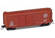Micro-Trains 40' standard boxcar with double doors 14817-2