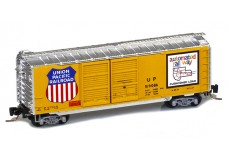 Micro-Trains 40' standard boxcar with double doors 50100302