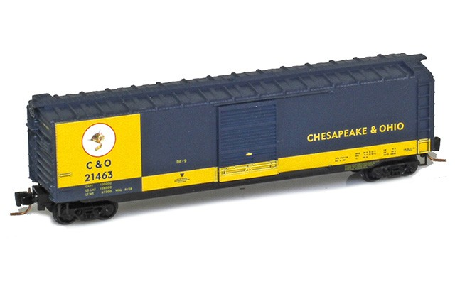 Micro-Trains 50' standard boxcar with single door - Cameo #3 50500423