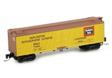 Micro-Trains 40' wood side reefer 51800031
