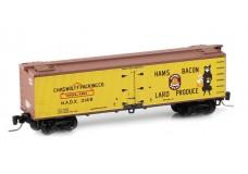 Micro-Trains 40' wood reefer - meat packers series 51800090