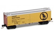 Micro-Trains 40' wood side boxcar 51800592