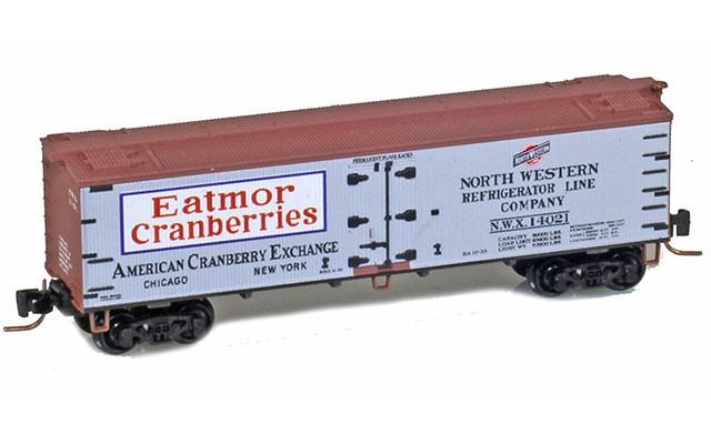 Micro-Trains 40' wood side boxcar 51800730