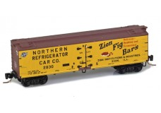 Micro-Trains 40' wood side boxcar 51800800