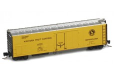 Micro-Trains 51' rivet side mechanical reefer 54800042