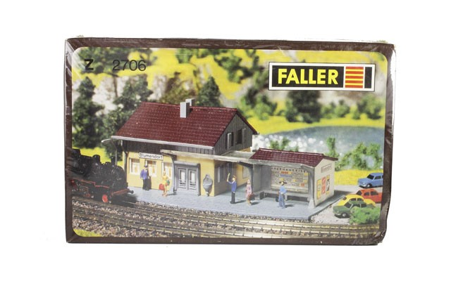 Faller Blumendorf station 2706